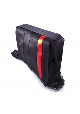 Espace black and cherry -z bezpečnostních auto pásů