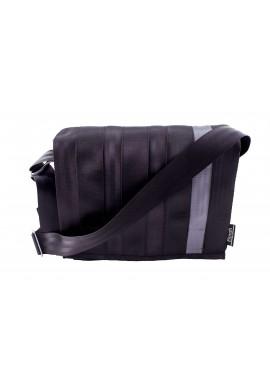 Espace black and silver -z bezpečnostních auto pásů