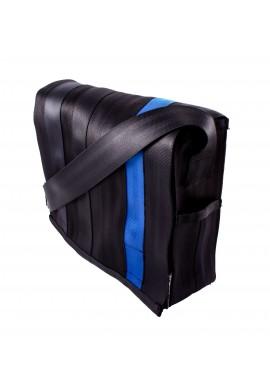 Espace black and plum -z bezpečnostních auto pásů